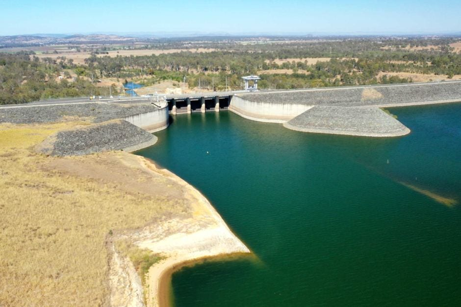 Wivenhoe dam below 50 per cent 18 Nov 2019 - ABC News Col Hertzog